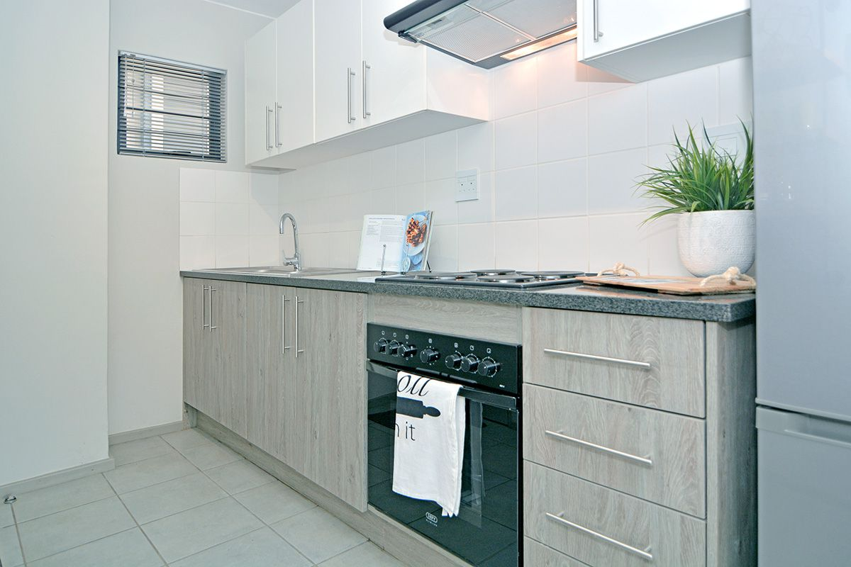 Apartment in Clubview - oaktree village esate-16.jpg