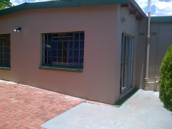House in Central - Potchefstroom 20131213 00889