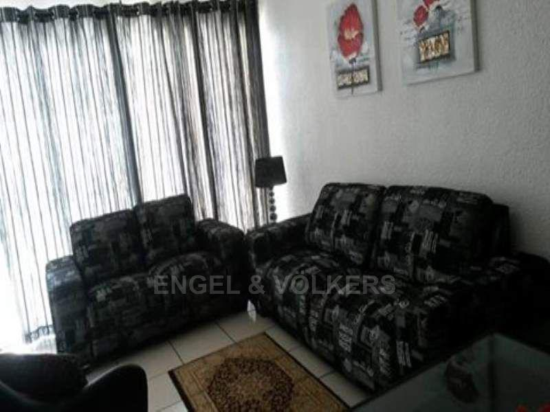 Apartment in Margate - 006_Lounge_0sbgXtC.jpg