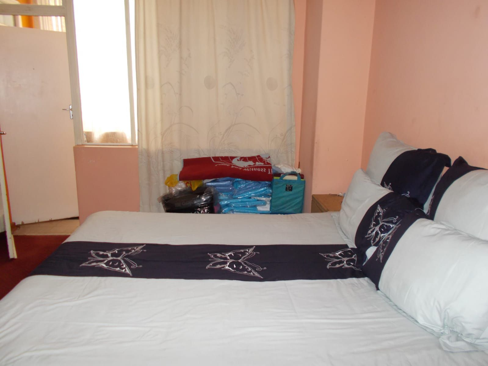 Apartment in Hillbrow - WhatsApp Image 2021-01-12 at 13.04.41 (2).jpeg