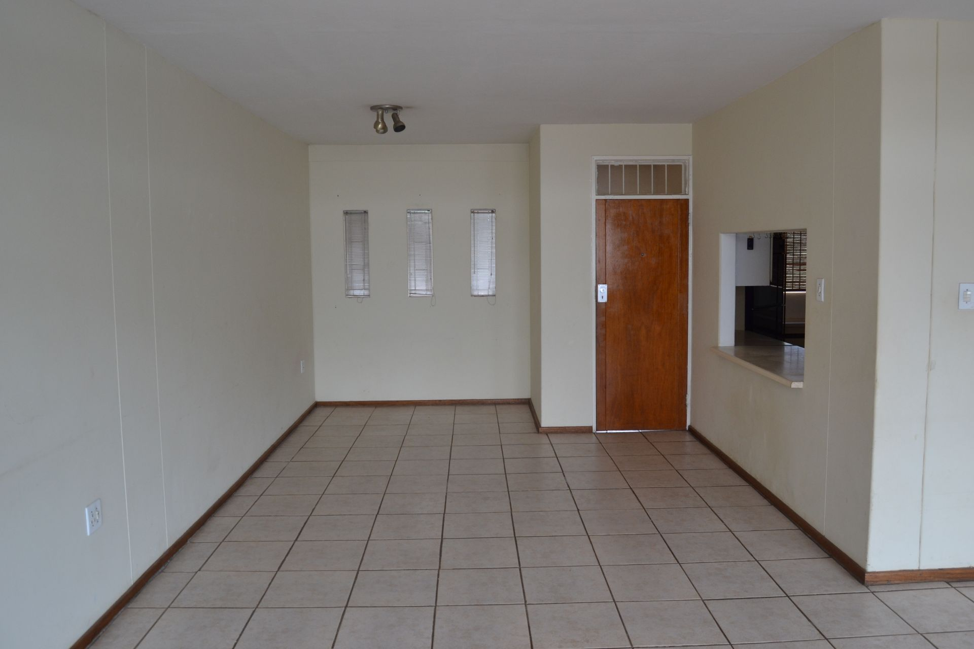 Apartment in Central - Living room