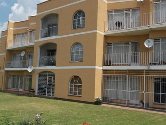 Apartment in Bailliepark - Front_View_2_RJqy7Az.jpg