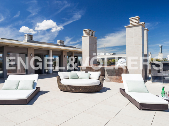 Condominium in Ibiza - Very large terrace all around the living unit
