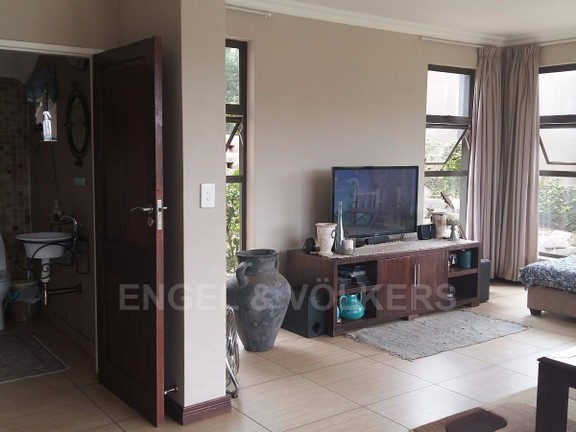 House in Birdwood Estate - Guest_toilet_and_TV_lounge.jpg
