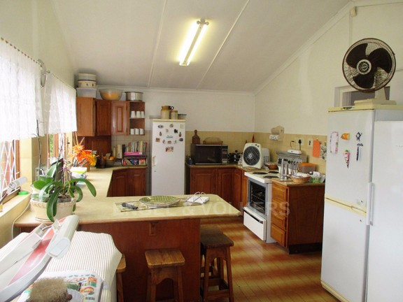 House in Port Shepstone - kitchen main house.JPG