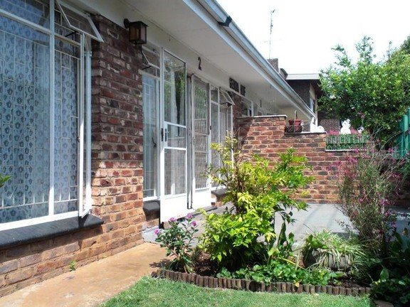 Apartment in Central - IMAG0579.jpg