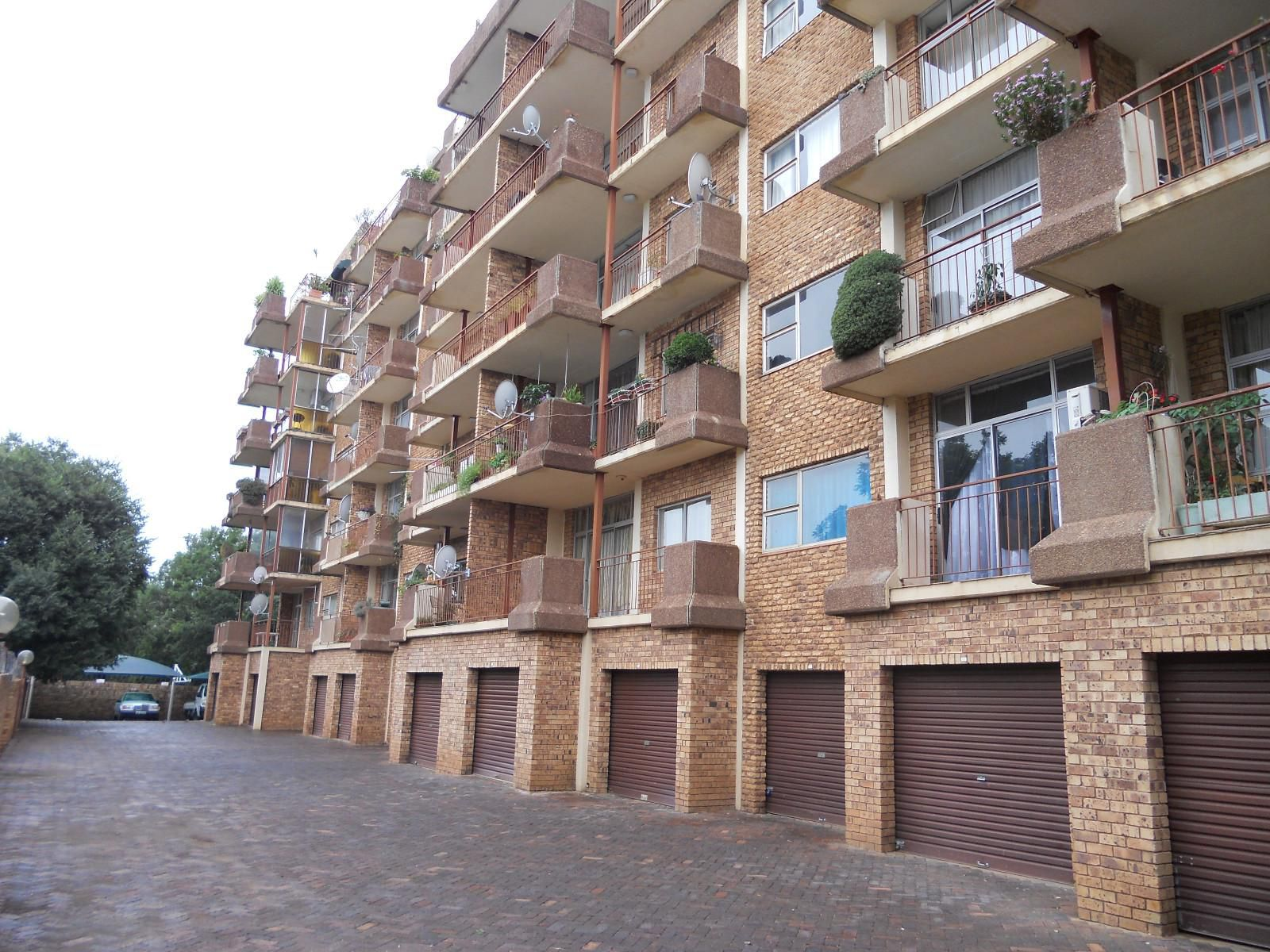 Apartment in Central - Front veiw