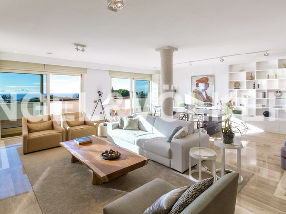 Penthouse for sale in Condado de Sierra Blanca Marbella Golden Mile