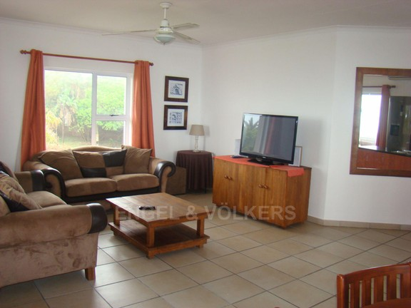 Condominium in Ramsgate - 004 Lounge.JPG