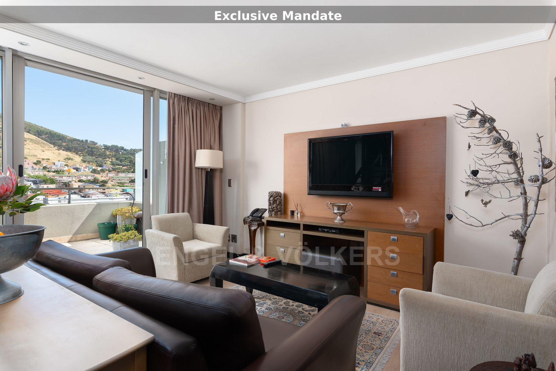 Apartment in City Centre - lounge.jpg