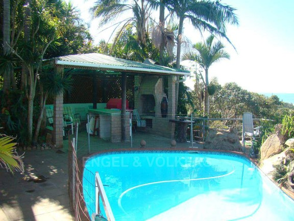House in Shelly Beach - 013 Pool and Braai area.JPG