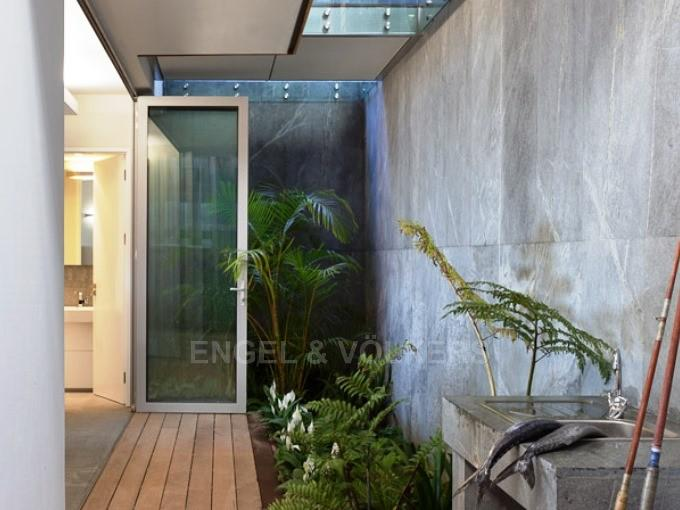 Apartment in Camps Bay - Entrance