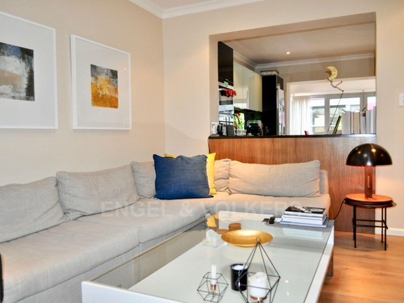 Apartment in City Centre - TV Lounge