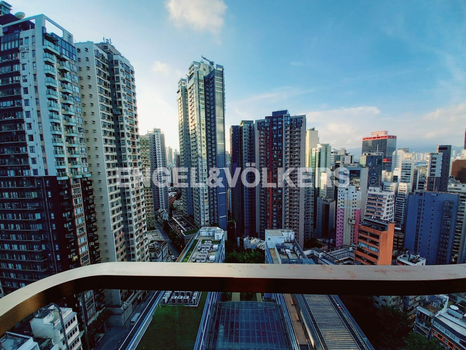 Apartment in Sheung Wan/Central/Admiralty - 28 Aberdeen Street 鴨巴甸街28號
