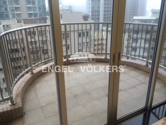 Apartment in Mid Level West - Pearl Gardens 明珠台