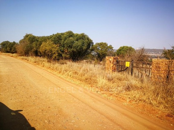 Land in Plots - Access road