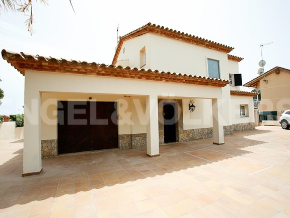 House in Vallpineda