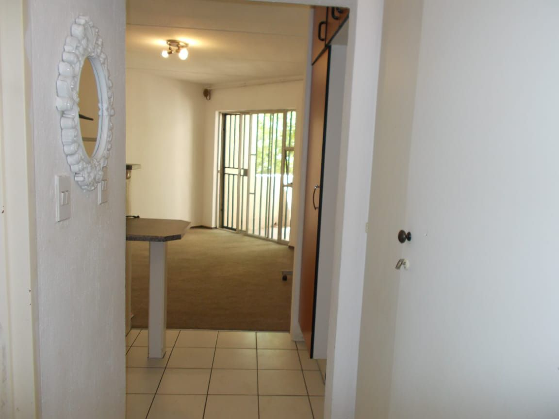 Apartment in Bryanston East Ext 3 - WhatsApp Image 2020-10-19 at 12.18.12 PM (2).jpeg