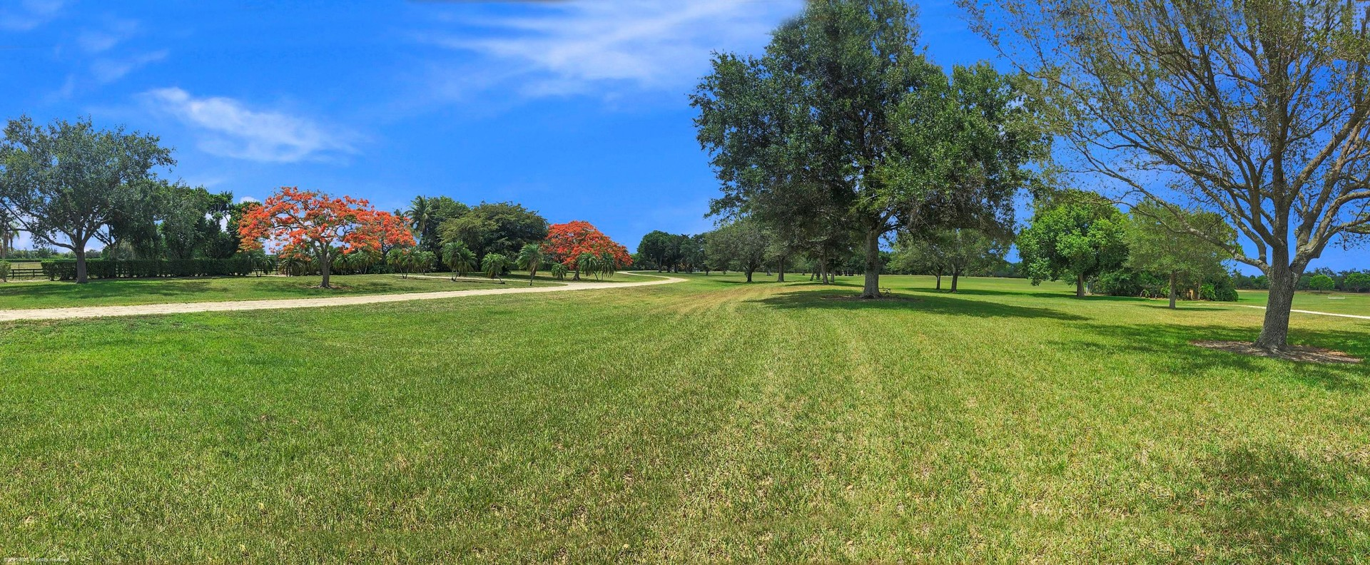 Land in Southshore