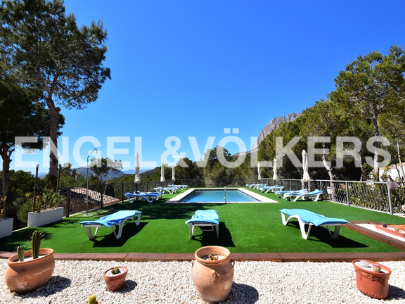 House in Finestrat - Charming villa, in natural environment in Finestrat. Swimming pool