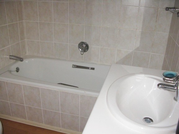 Apartment in Port St Francis - Neat Bathroom