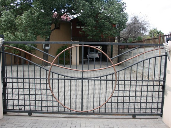 House in Phalaborwa & surrounds - Entrance Gate