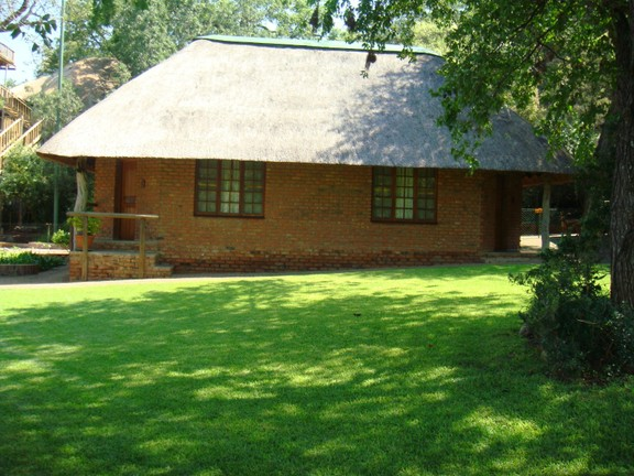 Land in Farms - Main Lodge