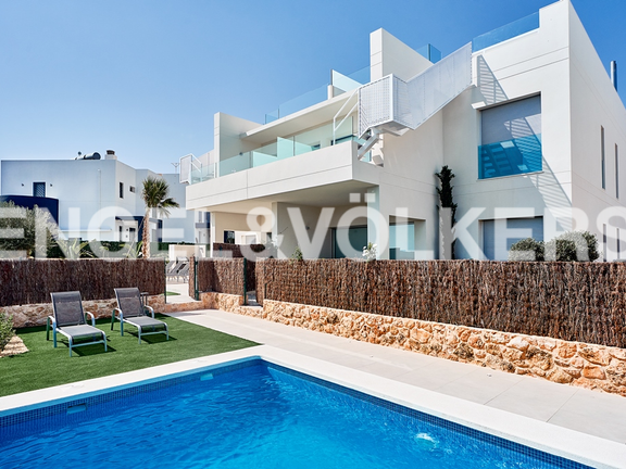 Condominium in Campoamor
