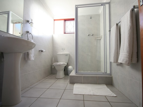 House in Redhouse - Spacious bathrooms