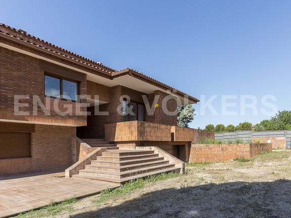 House in Canovelles
