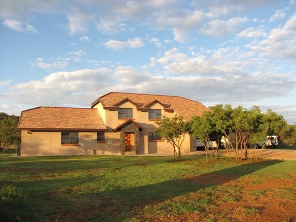 Land in Lekwena Wildlife Estate - Houses On Lekwena