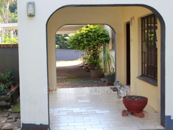 House in Leisure Bay - 002 Front Entrance.JPG