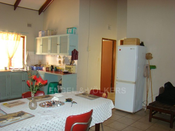 House in Trafalgar - Upstairs kitchen and dining area.JPG