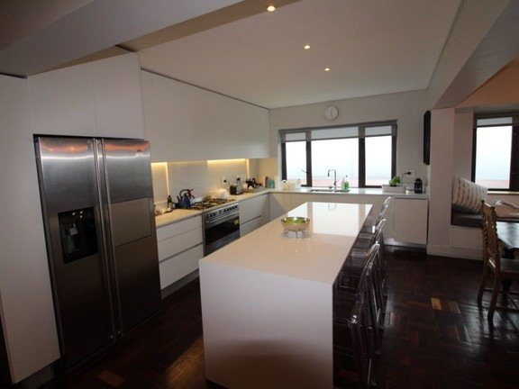 Condominium in Sea Point - Kitchen
