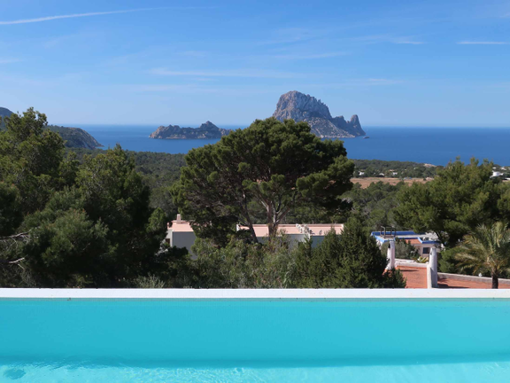 House in Cala Carbó - Elegant townhouse with sea views and private pool in Cala Carbó
