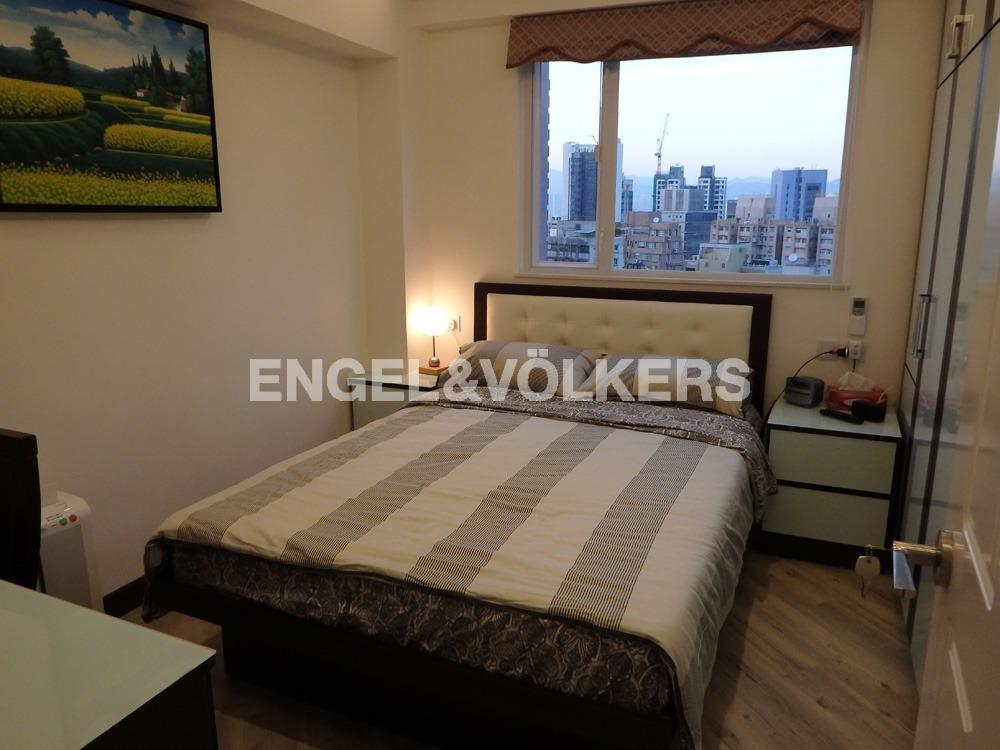 Apartment in Mid Level West - KIN YUEN MANSION 堅苑