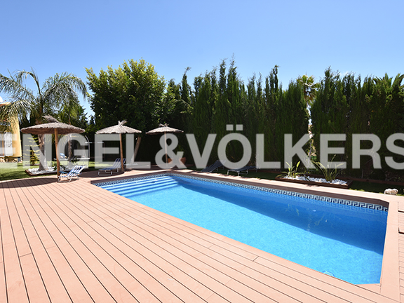 House in La Nucia - Large and private swimming pool area