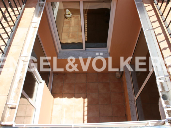House in Dénia Centro Urbano - Beautiful townhouse in the heart of Denia. View interior patio