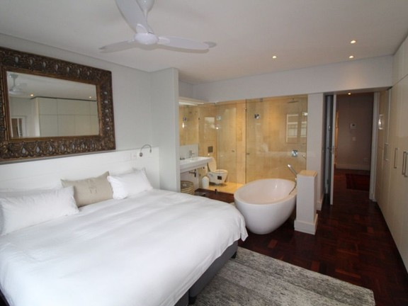 Condominium in Sea Point - Main Bedroom
