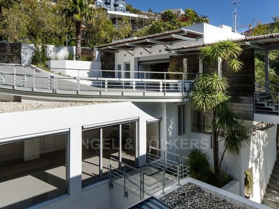 House in Bantry Bay - Exercise Studio