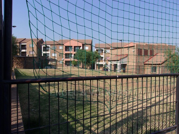 Apartment in Vorna Valley - Communal soccer field