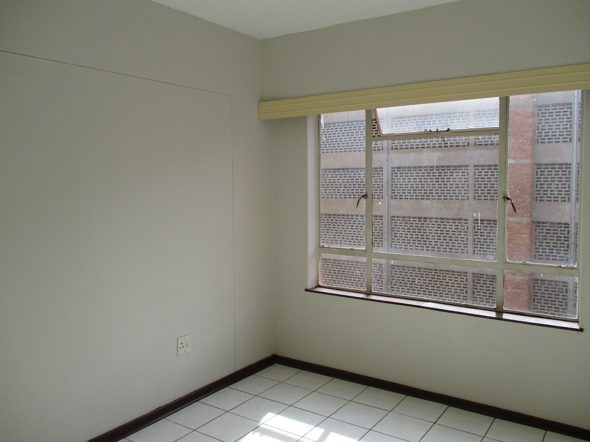Apartment in Central - 1160239_large.jpg