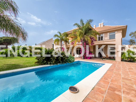 House in Marbella City - Villa for sale in Marbella City