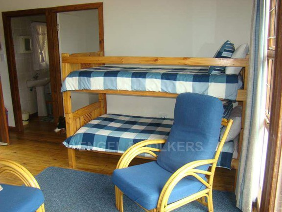 House in Anerley - 015 Bunk beds in lounge Cottage Two.jpg