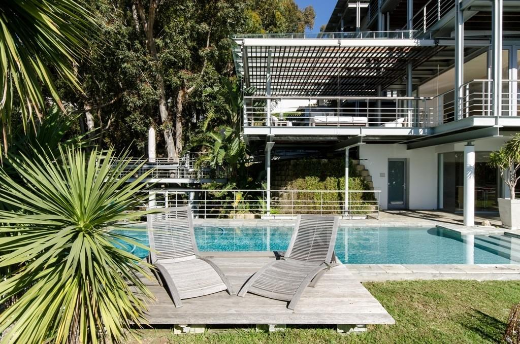 House in Bantry Bay - Swimming Pool