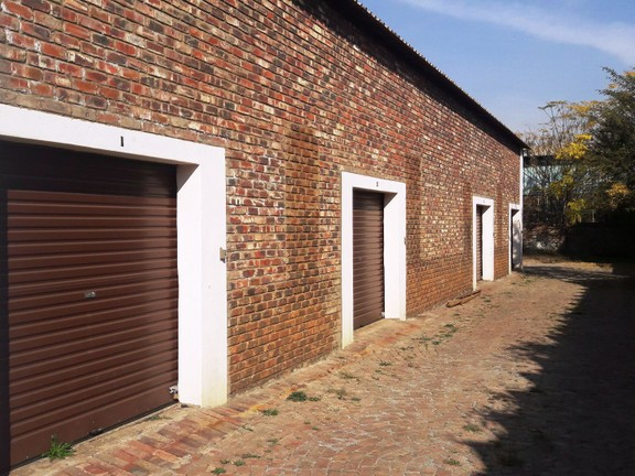 Investment / Residential investment in Potch Industria - 20190619_141218.jpg