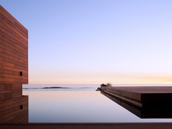 Rim Flow Pool With Ocean Views