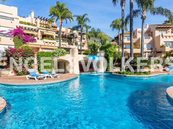 Apartment for sale in Sierra Blanca Marbella
