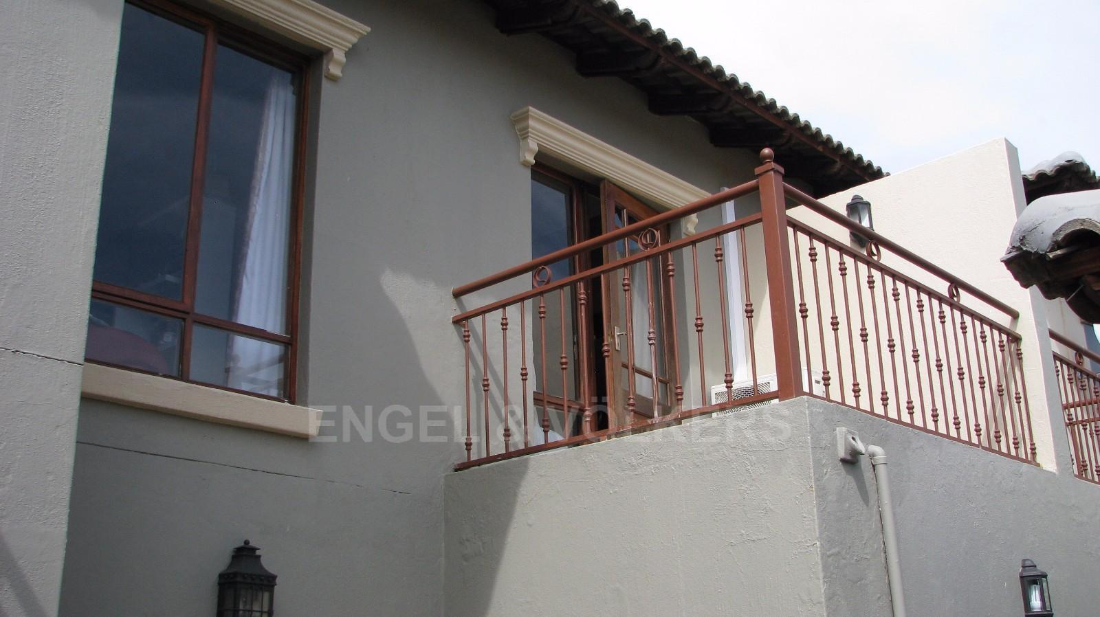 House in Melodie - 2nd Bedroom balcony with views to the Magalies mountains