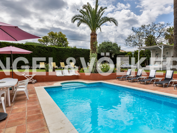 House in Marbella City - Villa for sale near Marbella Centre